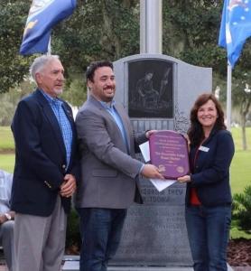 Judge Barber receiving Dean Johnson Award 2020
